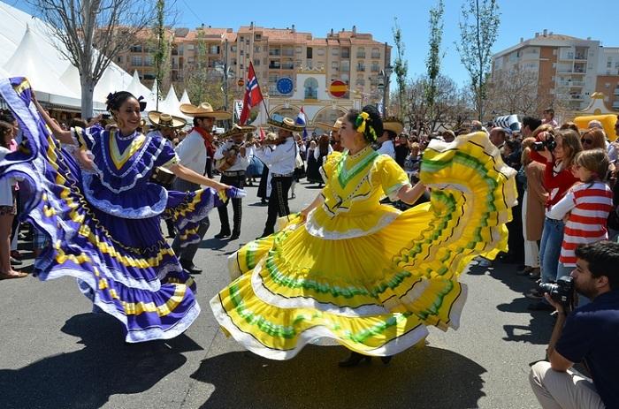 Feria De Los Pueblos or Around the World in 5 Days 19