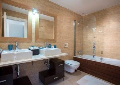 bath-800x541